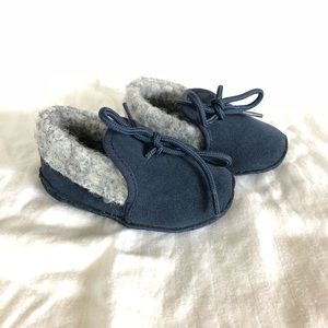 Other - Moccasin Crib Shoes - NWOT